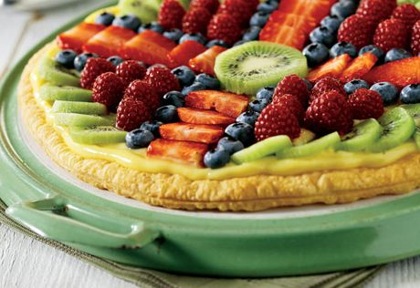 A flaky, golden Pepperidge Farm Puff Pastry Crust is filled with creamy vanilla pudding and topped with assorted fresh fruit.
