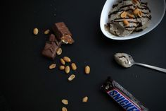 Gesundes Snickers-Eis
