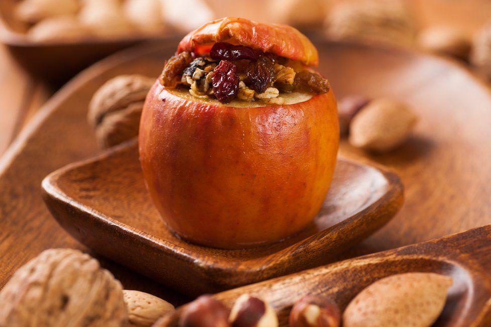 Weihnachtsgedichte Fur Kinder Die Schonsten Gedichte Zum Aufsagen Familie De Gesund Backen Gebackene Apfel Lebensmittel Essen