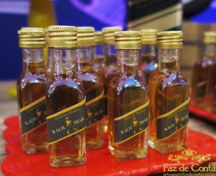 garrafinhas de whisky lembrancinhas boteco Festa boteco Ideias e inspirações em 2019 Festa