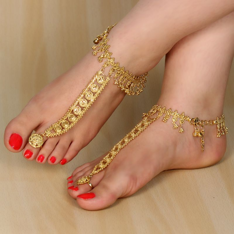 This is a brand new Gold Tone Indian anklet payal with attached ...