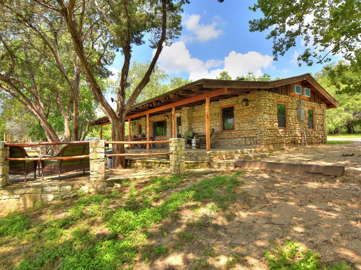 Texas Hill Country River Cabins Wedding Venue On The