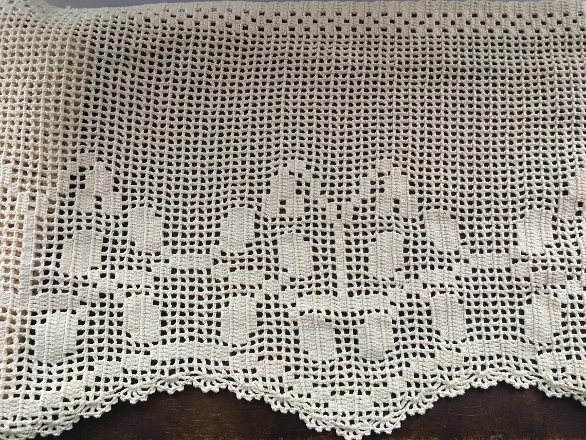 Swedish crochet valance Hand crochet lace valance Small beige crochet curtain Crochet valance