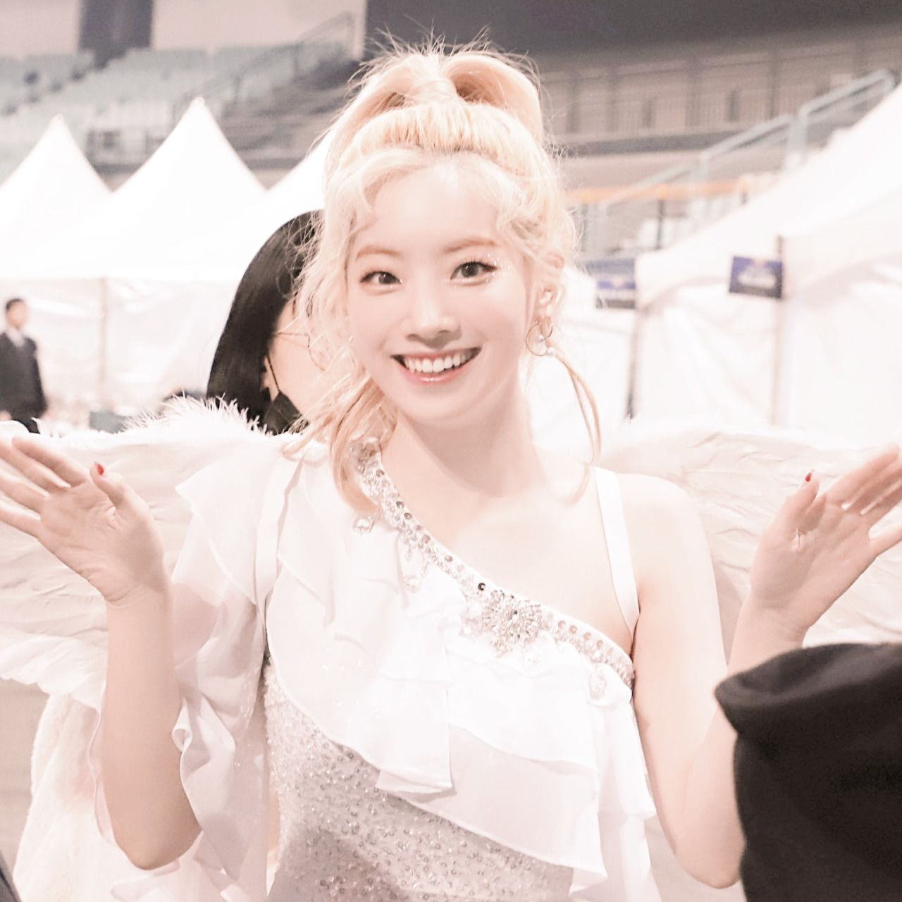honey — ⌕ · 👼🏻 › ˖─ 사랑 dahyun soft icons ꕤ ° . · . in