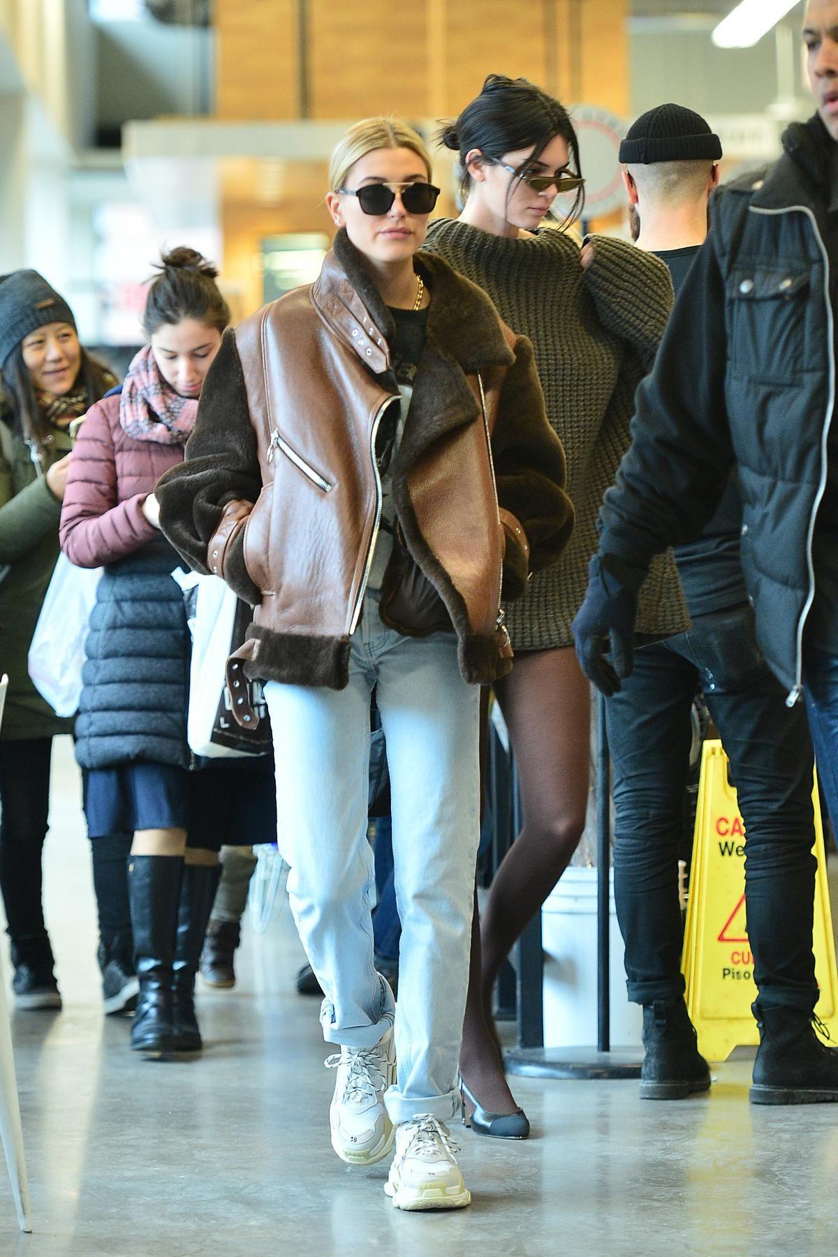 38075c21fa Hailey Baldwin wearing Dior Abstract Sunglasses