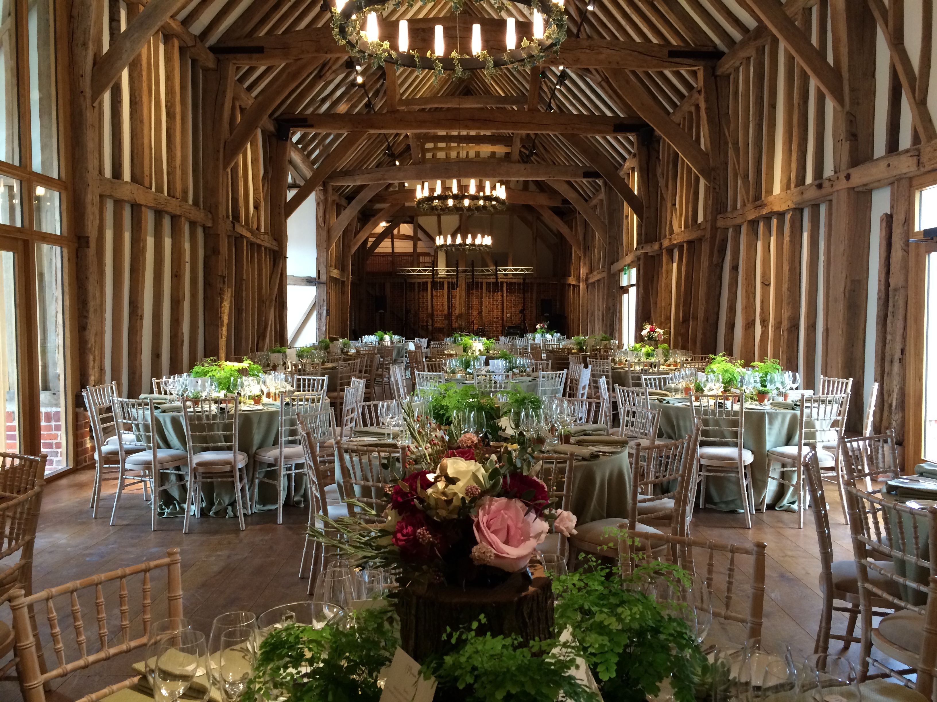 Table Setting In The Great Barn At Micklefield Hall Www Micklefieldhall
