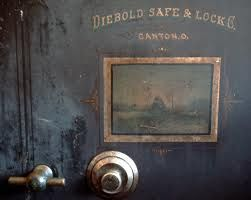 Diebold Safe & Lock Co  Canton, Ohio ~ Antique safe | The