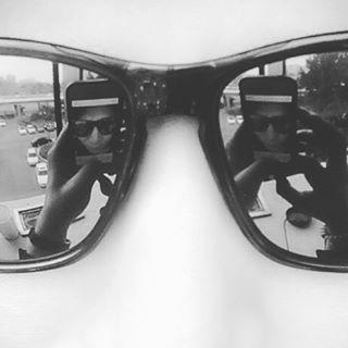 Minchul in the mirror #신민철 #osaka #minchul #2max #landscape