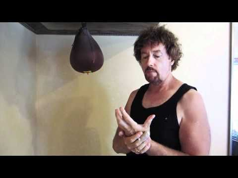 How To Hit A Speedbag Like A Pro In 30 Days Youtube Viking