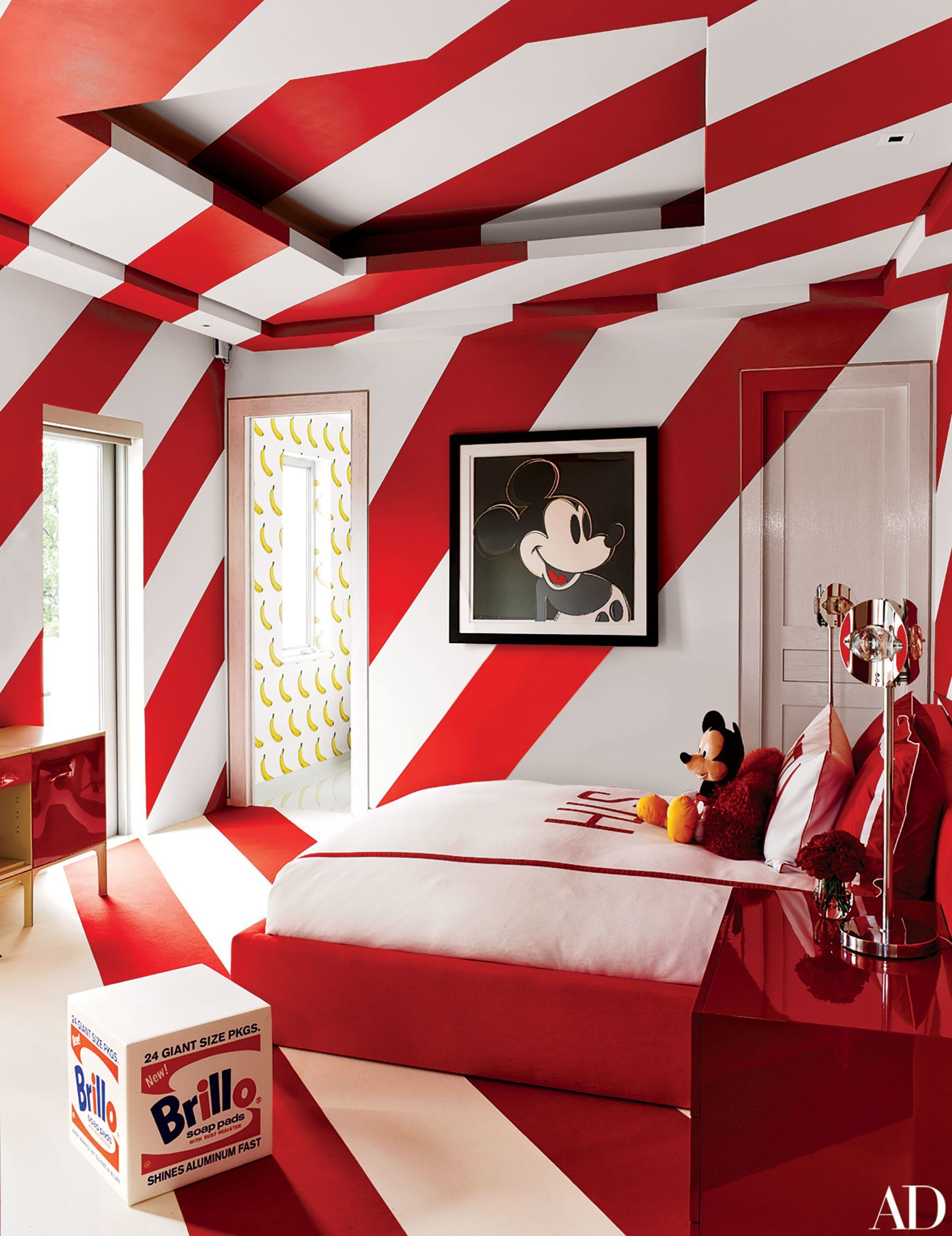 Fashion Designer Tommy Hilfiger S Vibrant Home In Miami Miami Houses Stylish Kids Bedroom Childrens Bedrooms