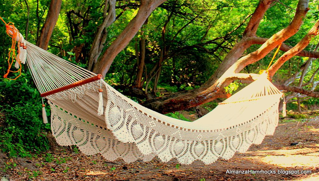 I want this.  Off White Almanza Hammock Royale WeddingHammockVIEW VIDEO. $149.99, via Etsy.