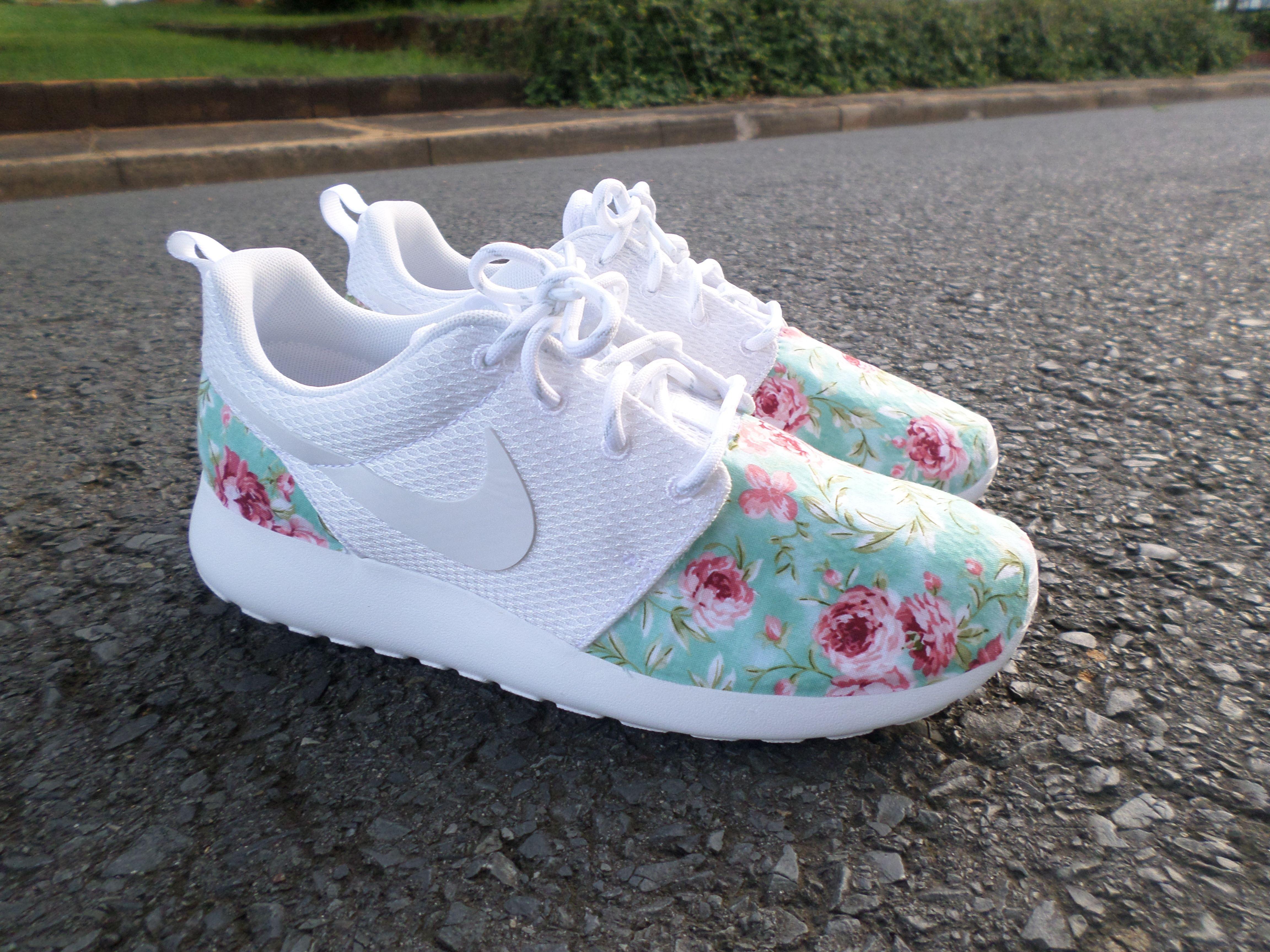 5e39972afb43 Custom Nike Roshe Run White White Rose Floral