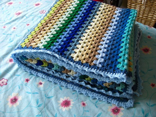 Finished Granny Stripe Blanket | Manta, Tejido y Labores