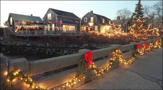 Festival Of Lights Wickford Harbor Ri Christmas Celebration Beautiful Places Wickford Festival Lights