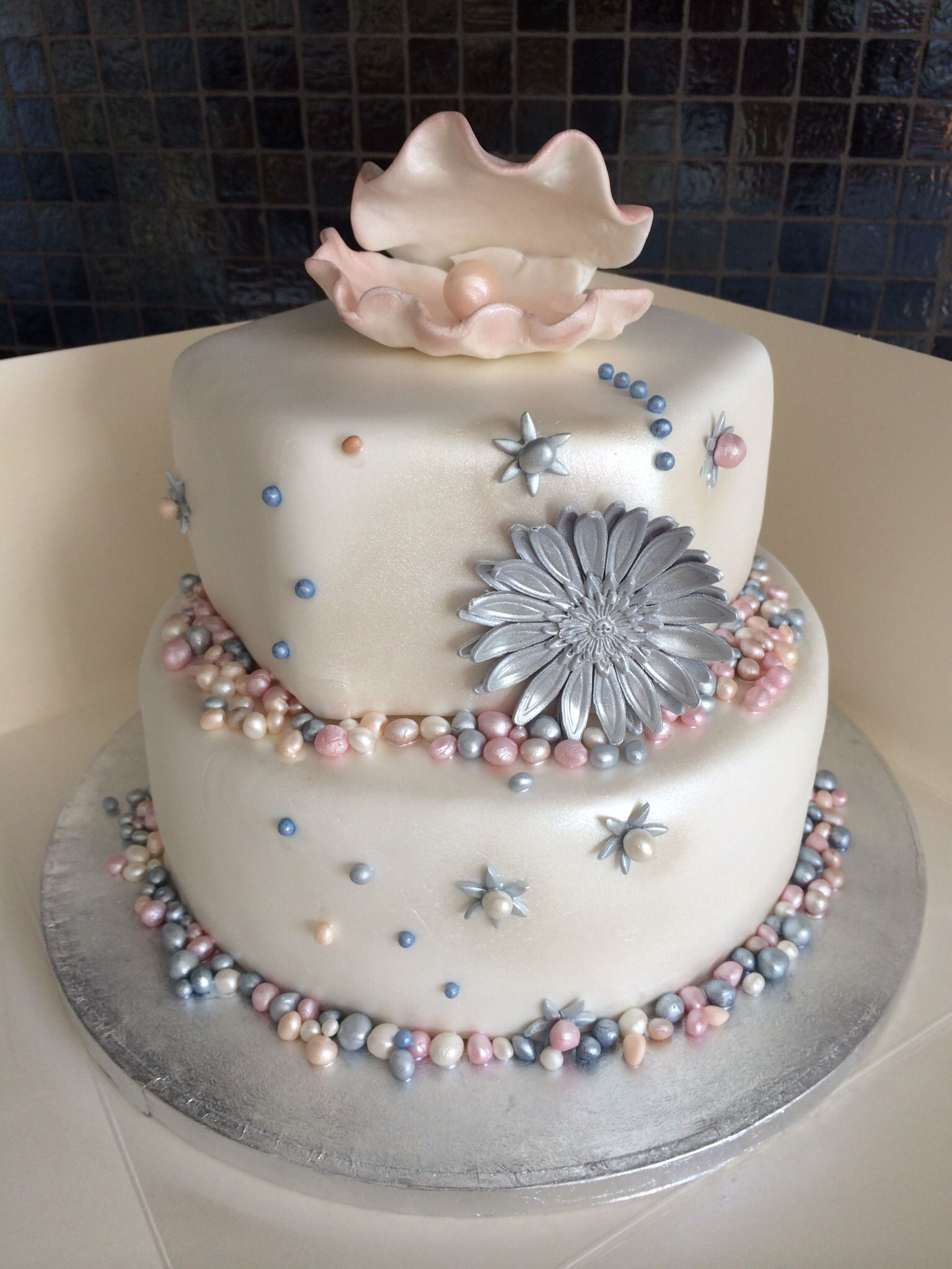 Oyster Shell, Pearl Tiered Cake