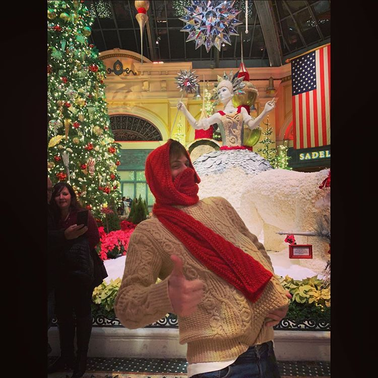 6th Day Of Christmas 2020 official matthew gray gublerはInstagramを利用しています:「happy
