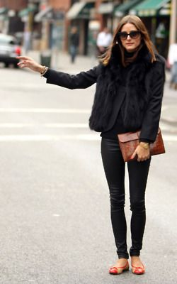 Winter outfit -- Chic all black outfit with splashes of color in shoes & clutch