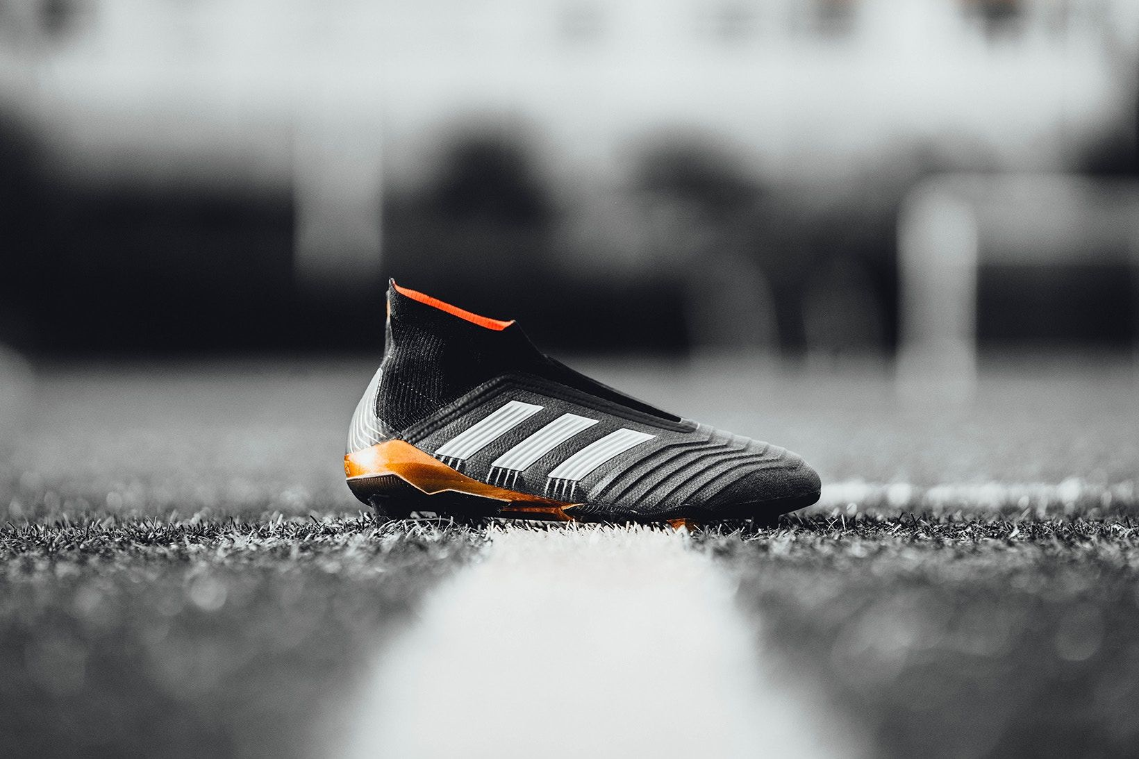 Reveals Adidas Chaussures New Et Predator 18PackSport Pk8Nn0wXZO