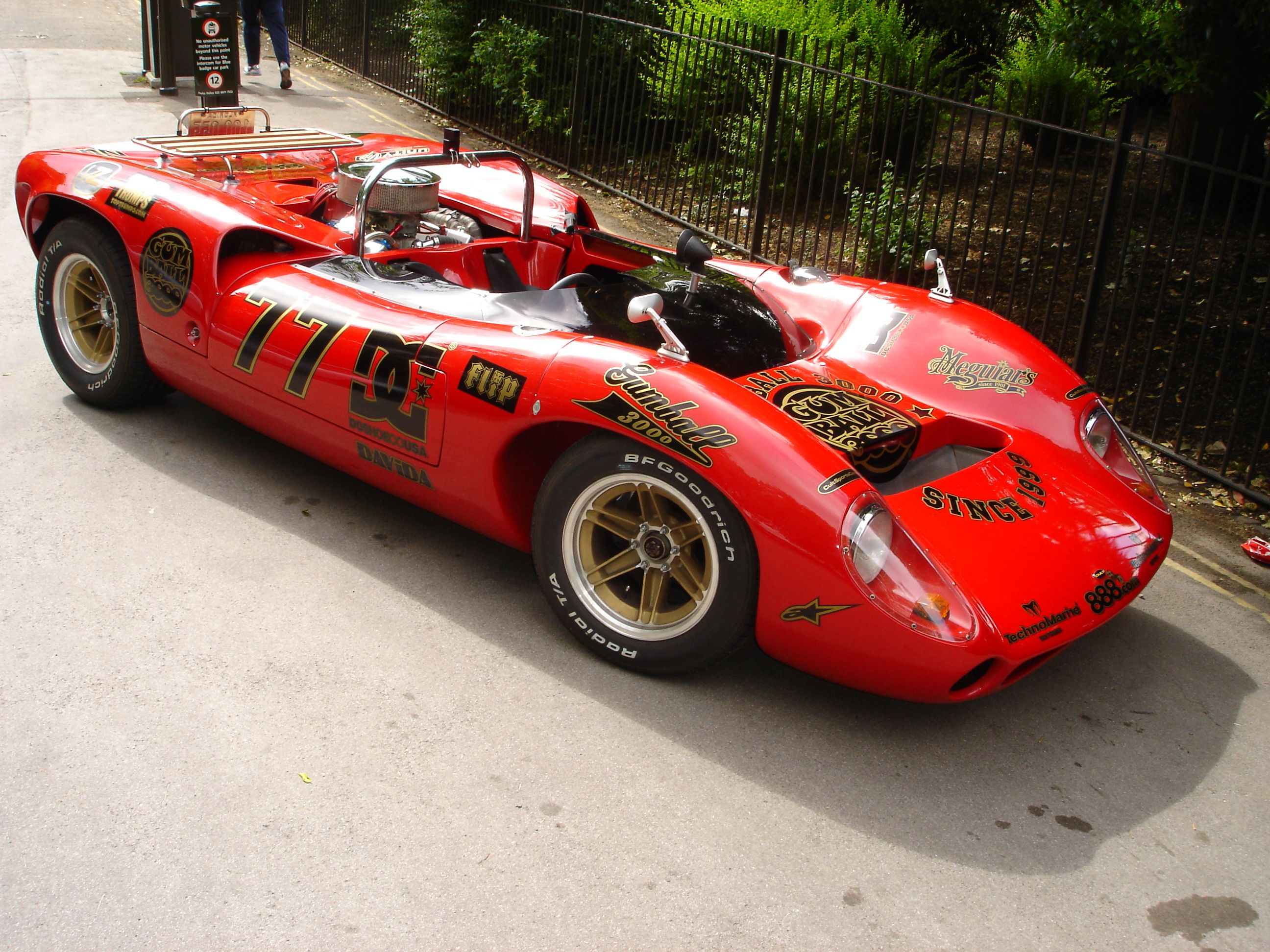 Lola T70 SL73/130 with a Spyder Body   Racing   Pinterest   Classic ...