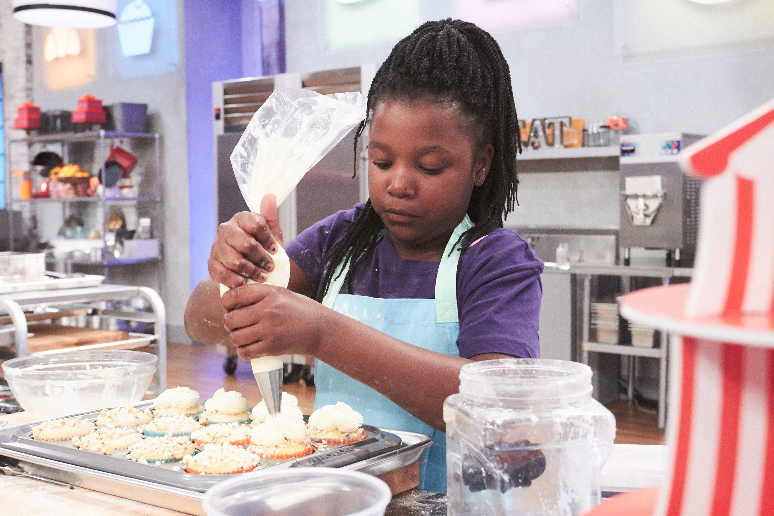 Kaniyah S3 Bakingcooking Shows Pinterest Kids Baking