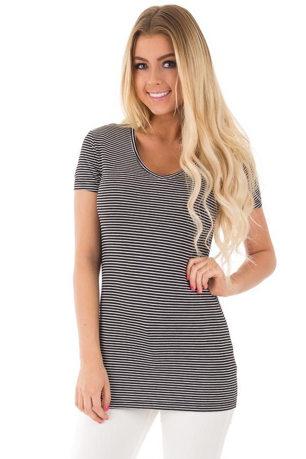 9df364d847565 Lime Lush Boutique - Black and White Striped V Neck Tee