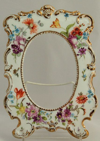 D & Co. Delinieres Limoges France Porcelain Picture Frame Scalloped Embossed Hand Painted, ca 1894-1900