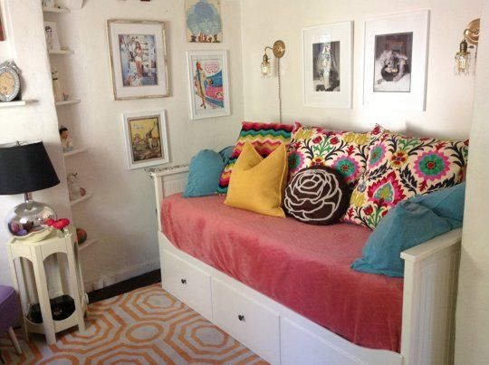 The Smallest Of The Small Homes Under 300 Square Feet Small Cool Contest 2013 Small Room Decor Home Small Apartment Living