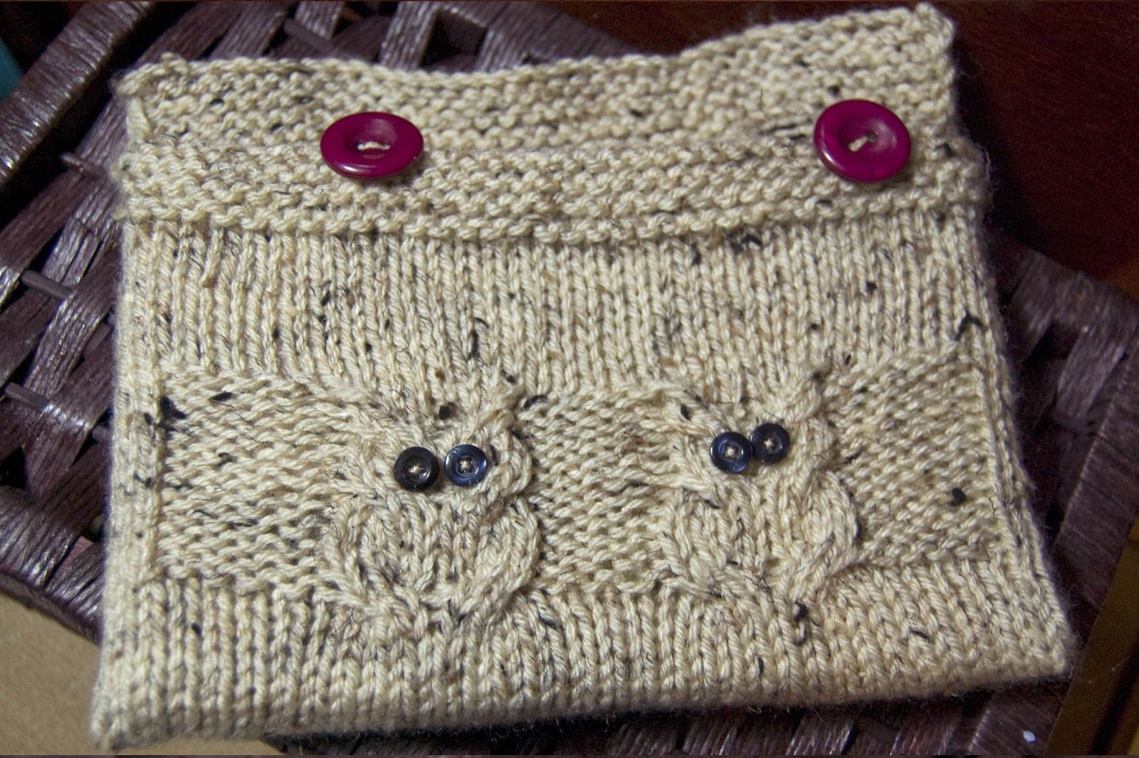 Knit: Owlie Tote Pattern Make for IPad | Knit & Purl Yoga ...