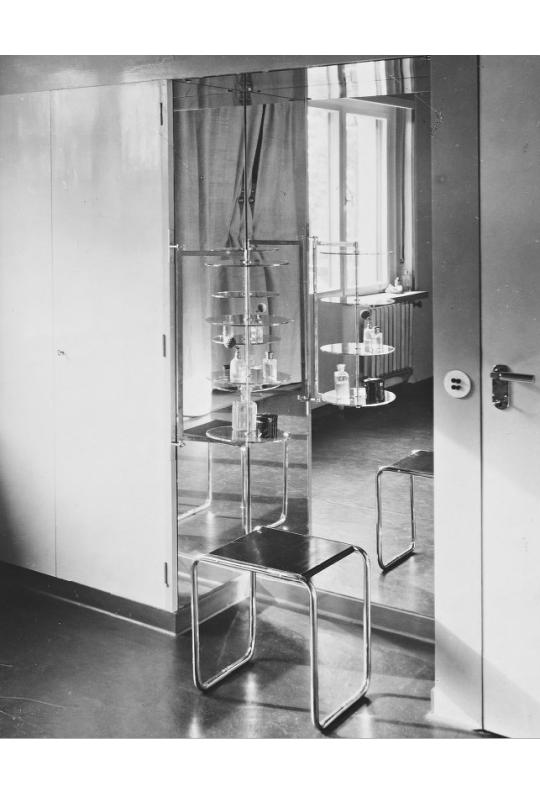 Good Inneneinrichtung · Interiors Of The Bauhaus Masteru0027s Houses, 1926. 1 / 2  Gropius House 3 /