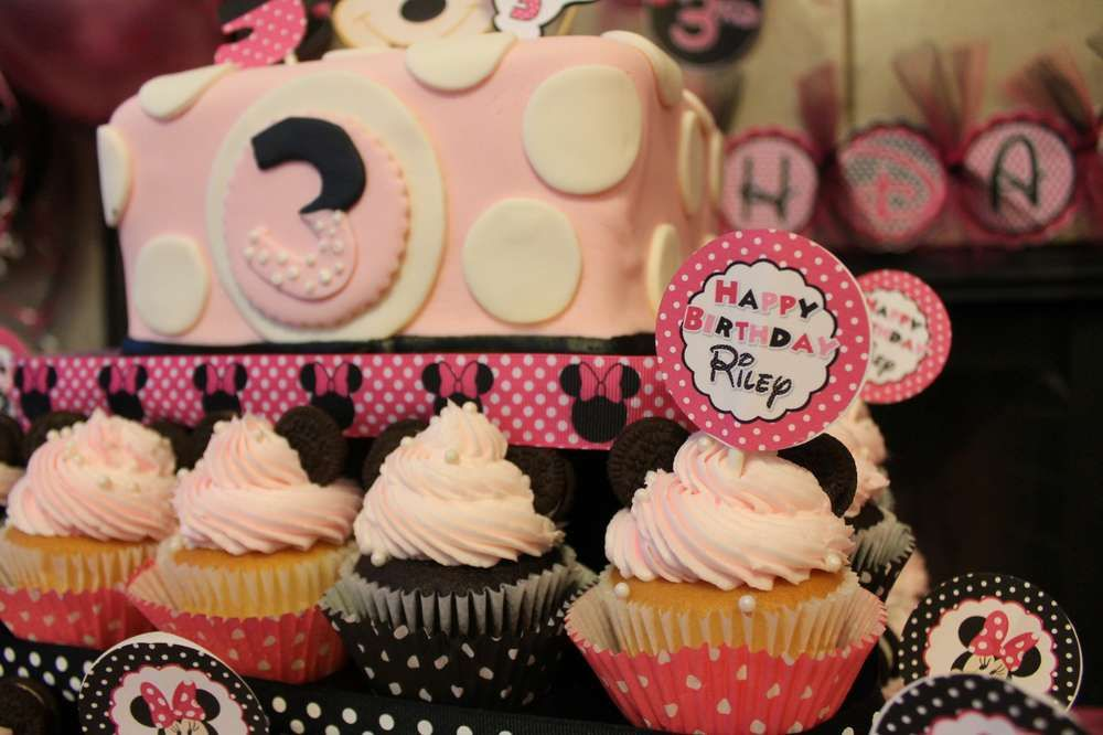 Minnie Mouse Birthday Party Ideas | Photo 7 of 14 | Catch My Party