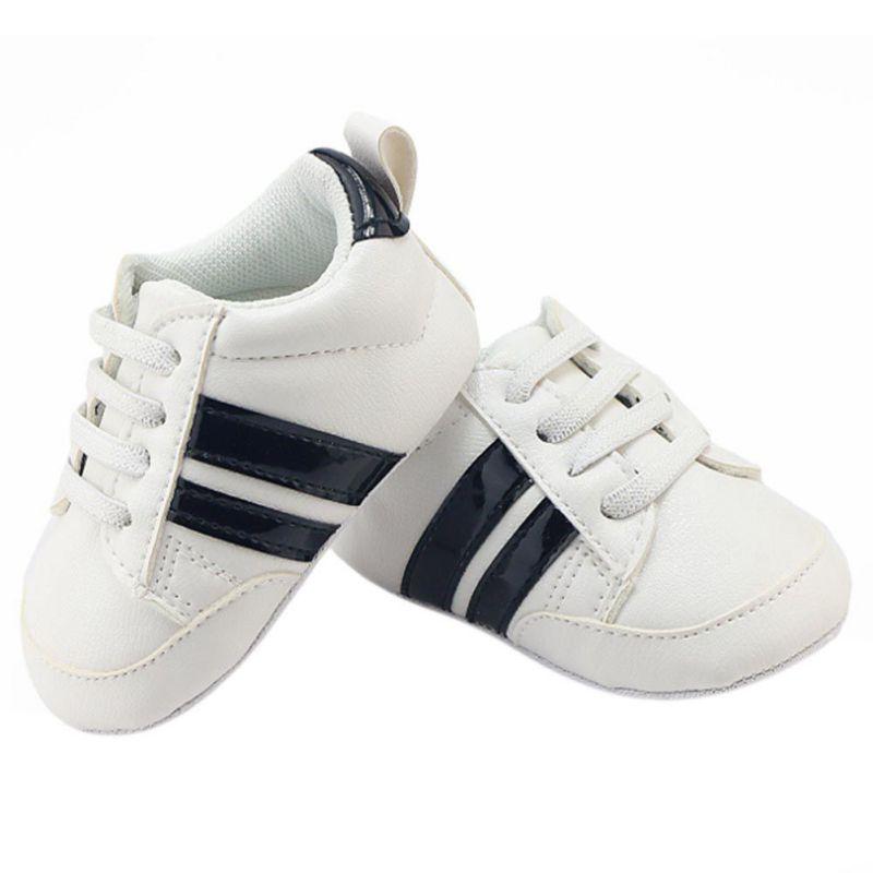 fb18e2ceba4 Mocasines de Cuero de LA PU del niño del bebé primeros caminante de suela  suave zapatos