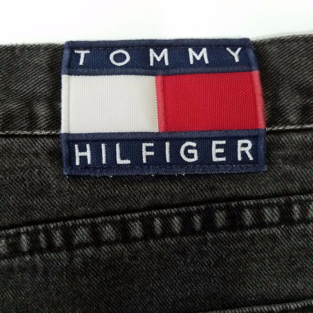 777VintageStreet on | Tommy hilfiger, Flag logo, Vintage outfits