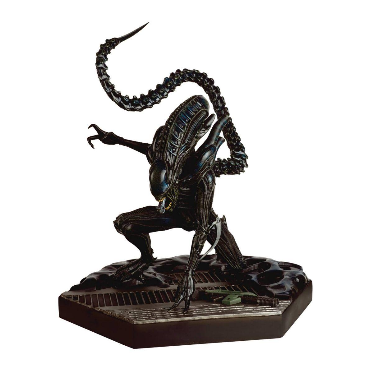 Aliens Xenomorph Warrior Cookie Jar by Diamond Select Toys