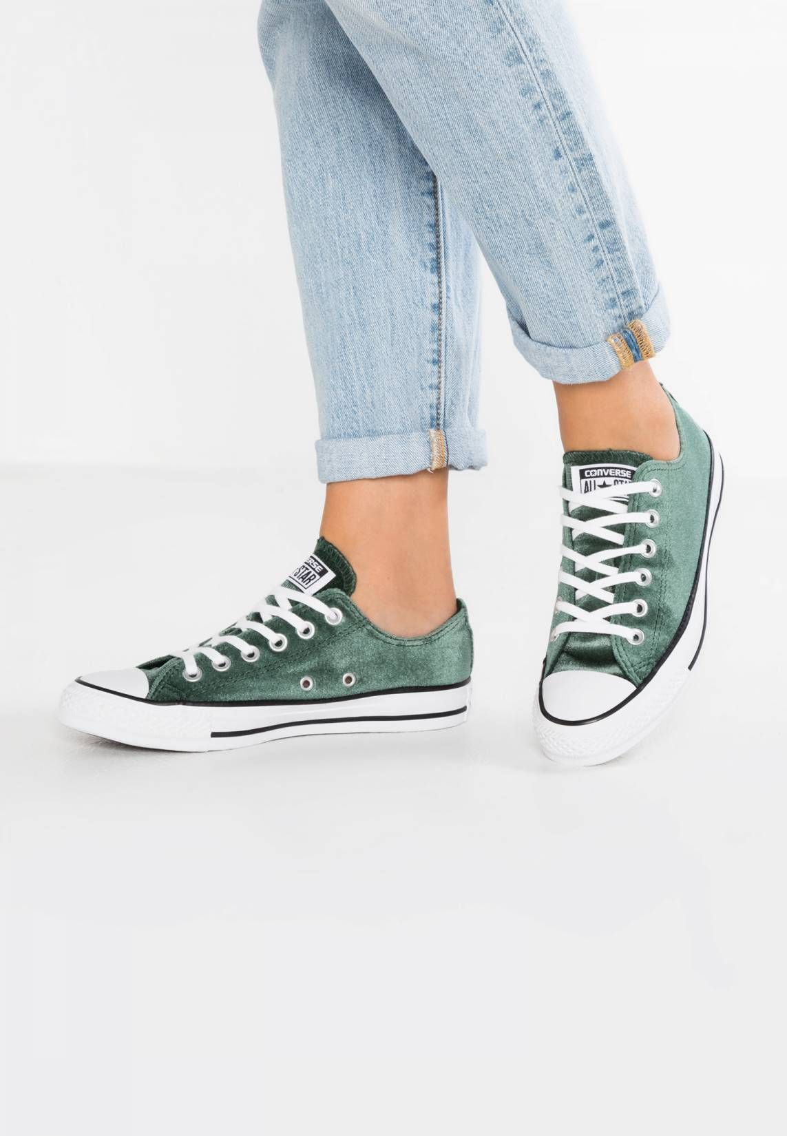 a525bb3fc653 Converse. CHUCK TAYLOR ALL STAR VELVET - Sneakers laag - deep emerald white.