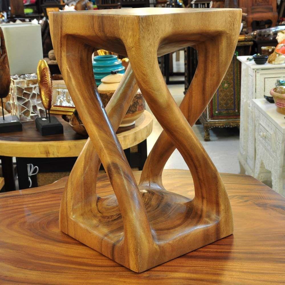 b3297172c21415 Dunkler Thai Sitzhocker mit gedrehten Beinen aus Massivholz. Große Auswahl  an Thai Möbel