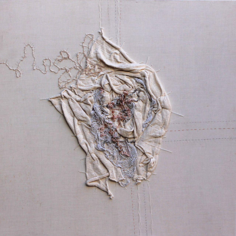 "Título: ""Corazón de Amancay"" Medidas: 100 x 100 cm. Técnica: textil. 2014 by Pao López"