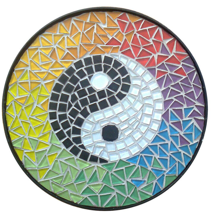 Ying yang mosaic top for table by eleonorailieva on for Table yin yang basse