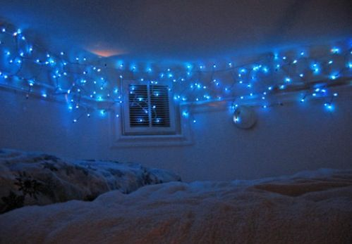 Icicle light give a feel of stars in your room.