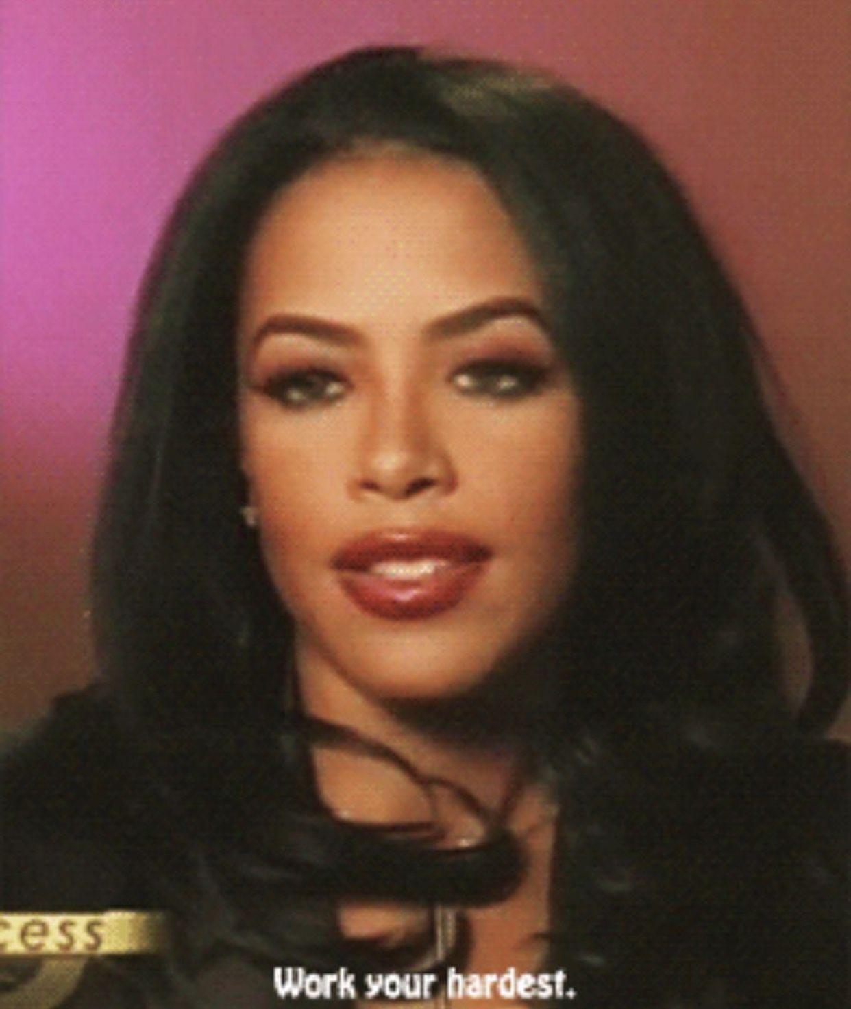Aaliyah Jolie Nude Photos 25