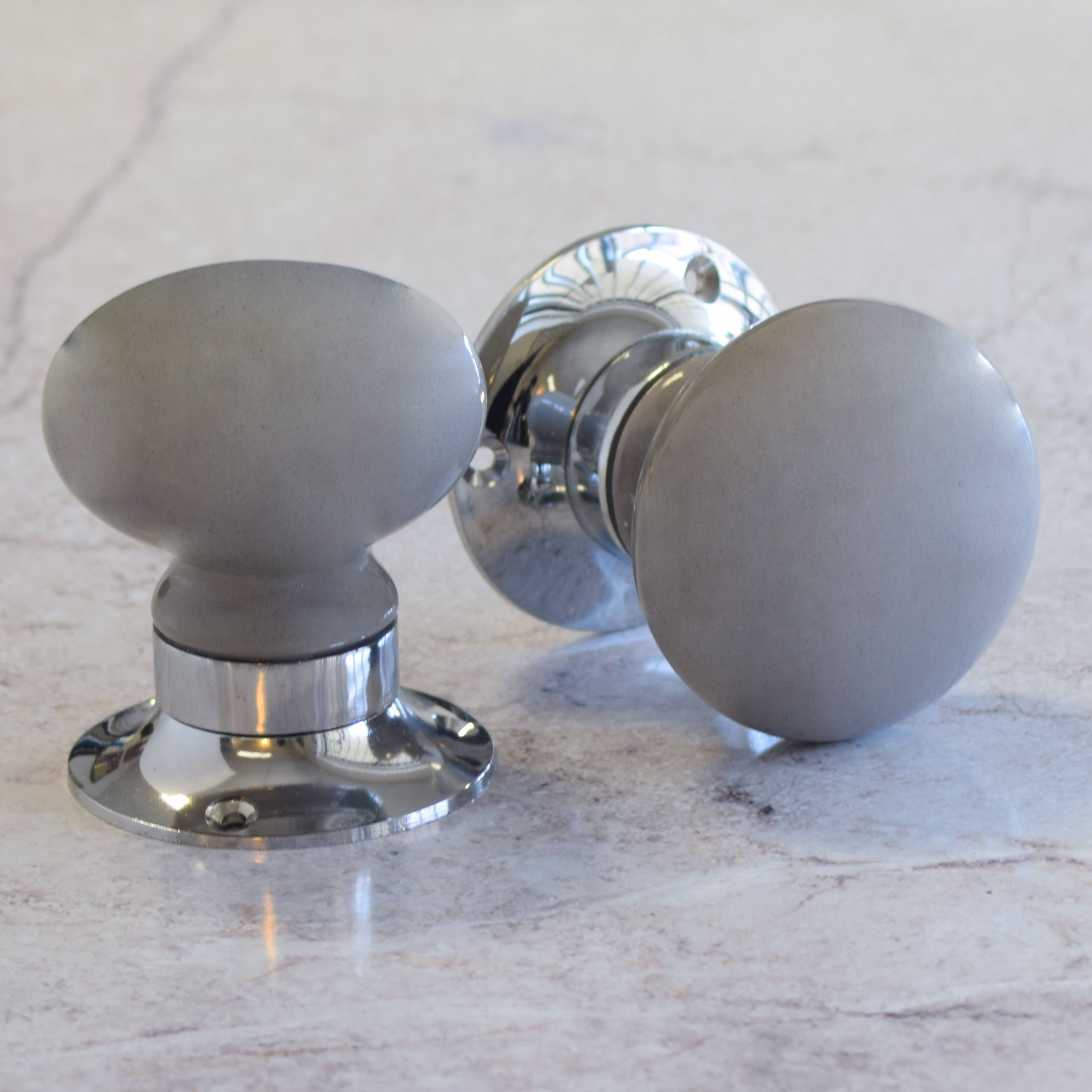 Dark Grey Door Knobs | http://retrocomputinggeek.com | Pinterest ...