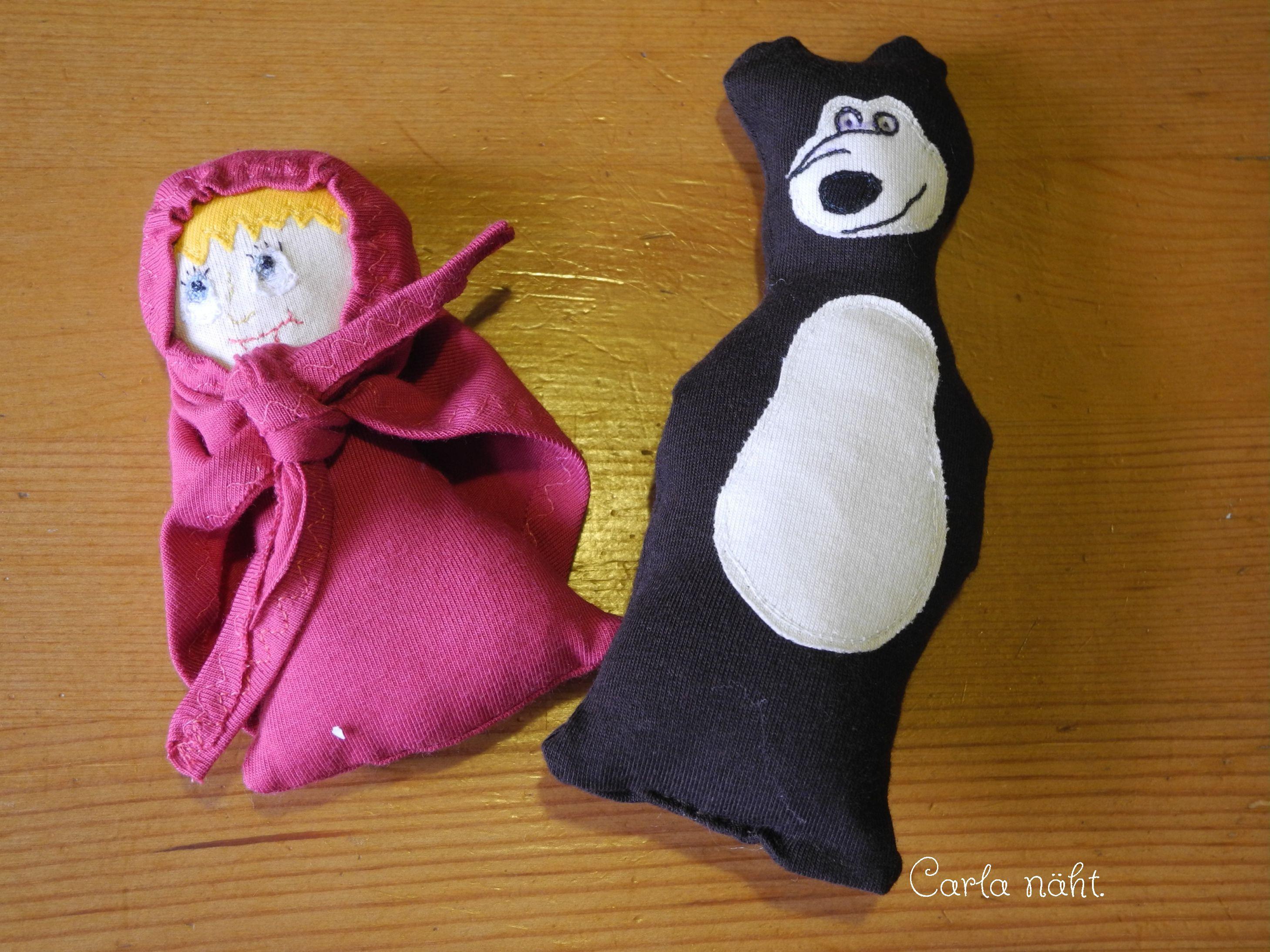 Aufwendige Applikation und genähte Spielfiguren Mascha und der Bär Shirt Carla näht applique bear