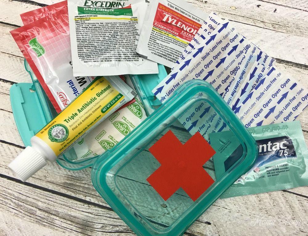 Diy Dollar Store Mini First Aid Kits Mama Cheaps Mini First Aid Kit Diy First Aid Kit Dollar Store Diy