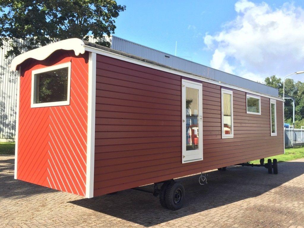 ich verkaufe einen komplett neu aufgebaute original antike wohnwagen bj 1961 zirkuswagen. Black Bedroom Furniture Sets. Home Design Ideas