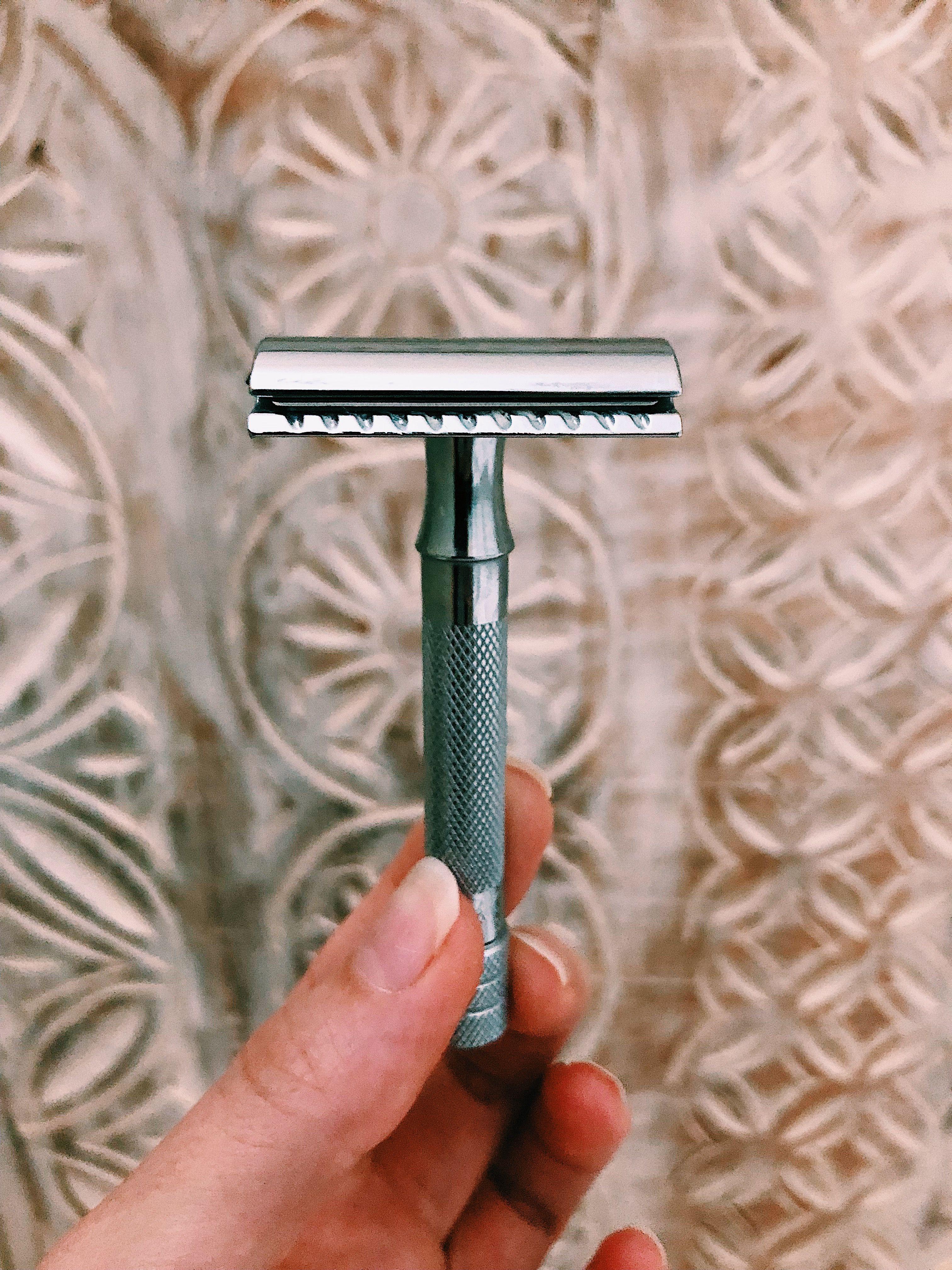 Long handled double edge safety razor zero waste safety