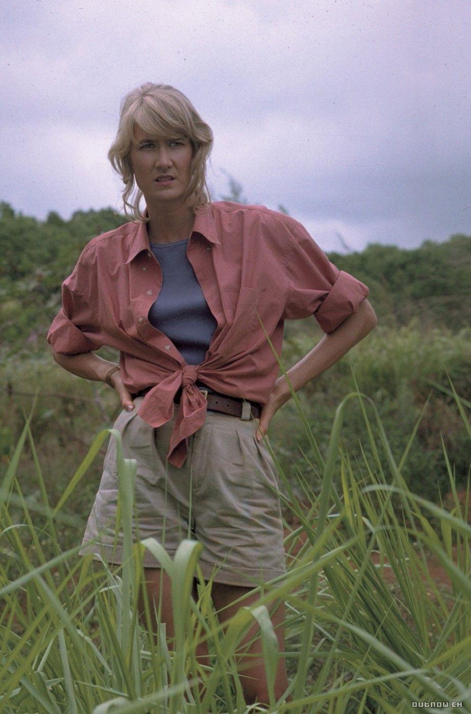 Female characters in action movies Dr. Ellie Sattler Laura Dern Jurassic Park Estante da Sala