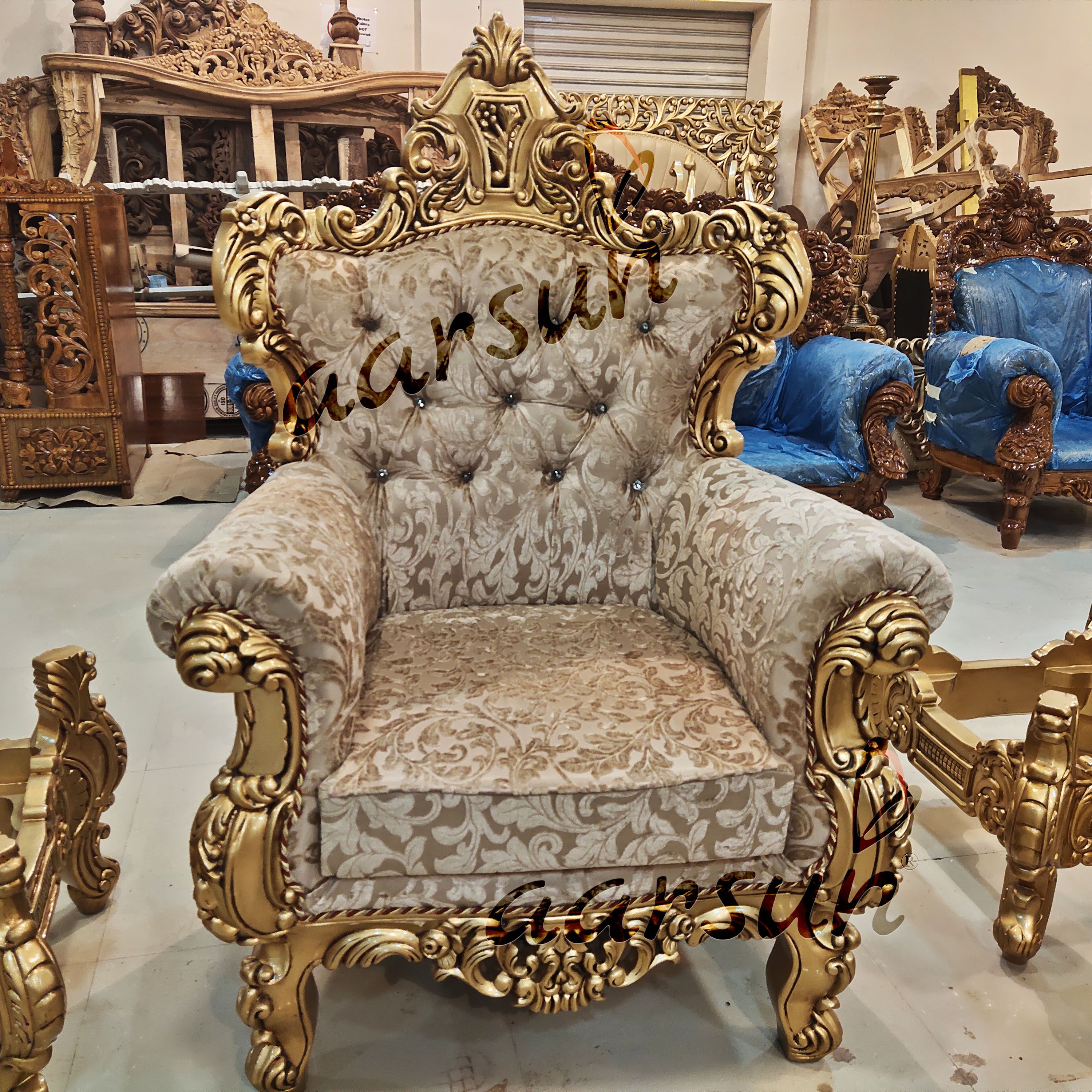 Best Wooden Sofa Set With Royal Finish Yt 218 In 2020 Wooden Sofa Set Wooden Sofa Sofa Set