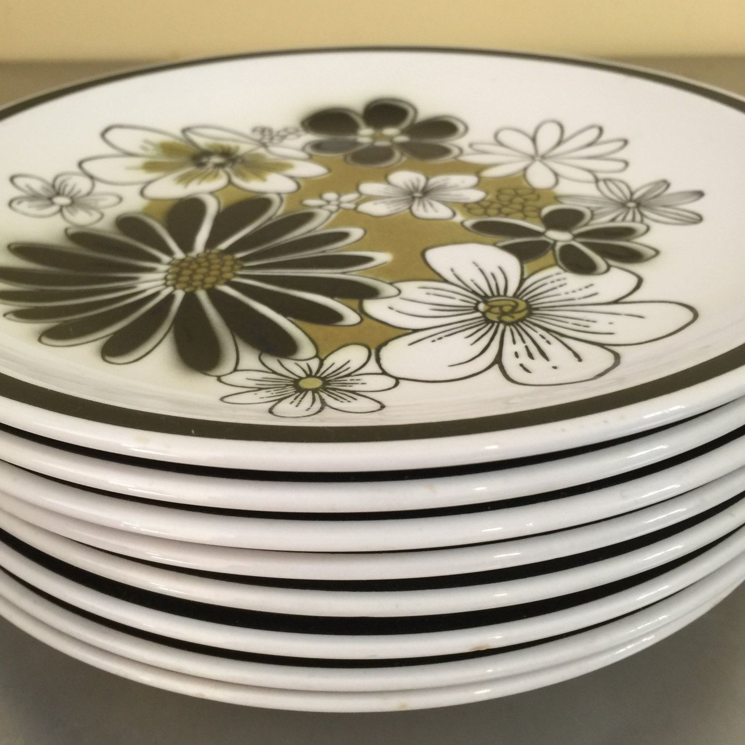 Vintage Mikasa Cera-Stone Dessert Plates | Leilani Pattern | Replacement China | Black and Green | 1970s Dinnerware | Mod Flowers | Japan & Vintage Mikasa Cera-Stone Dessert Plates | Leilani Pattern ...