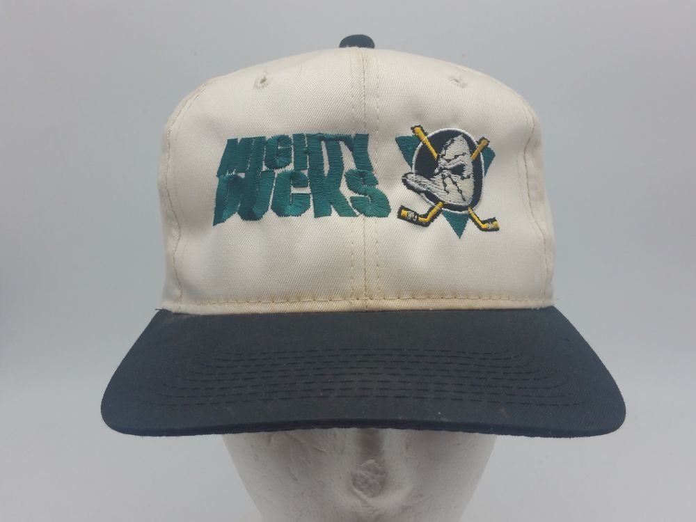 dc5f5a7e15518 MIGHTY DUCKS The GAME YOUNGAN White NHL Snapback Sports Hat Cap Vintage 90s   TheGame