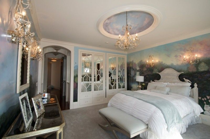 Ornate Bedroom Furniture Chandelier Wall Lighting Bedding Mirror Built In  Drawers Closet Table Traditional Style Of