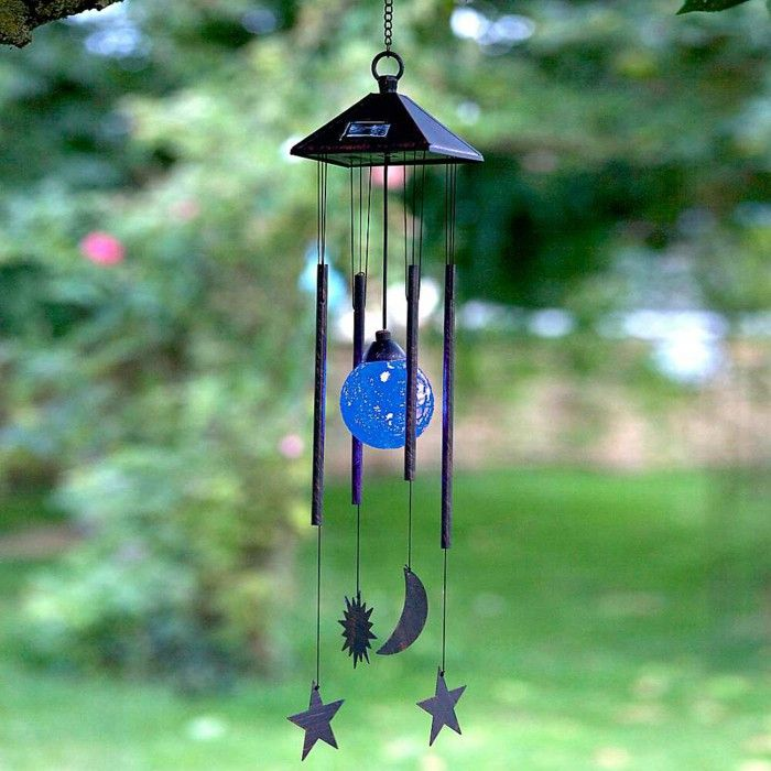 wind-chimes-garden-solar-beautiful-garden-ideas.jpg (700×700)